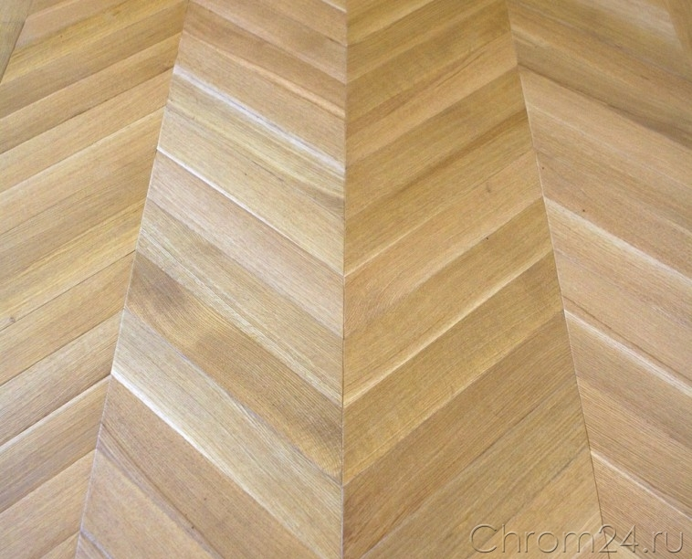 Oak Oil Natural Chevron Pattern (Marmotta)