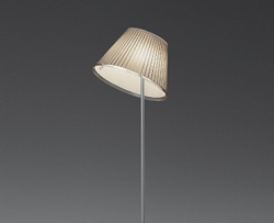 Choose (Artemide)