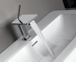 iSpa Waterfall (Gessi)